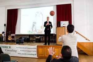Emrich Consulting Die Party des Jahres Action