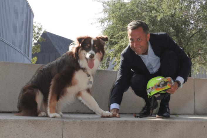 Felix Wilde mit Hund Henry