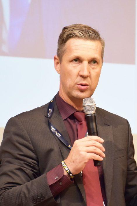 Moderator Dr. Martin Emrich